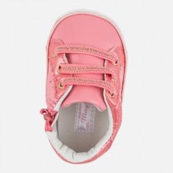 Zapatos 9504 coral bebé...